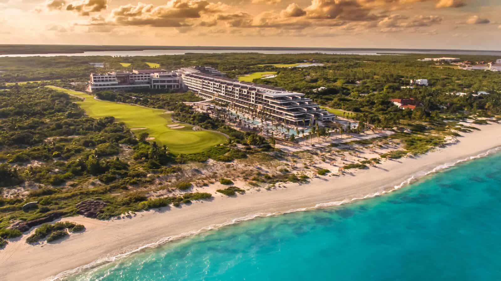ATELIER Playa Mujeres obtiene el reconocimiento Traveler's Choice 2020